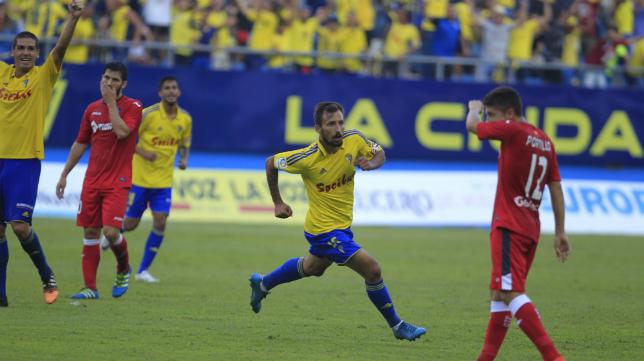 Aitor celebra su gol ante el Getafe