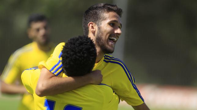 El Cádiz CF B sigue intratable en la competición.