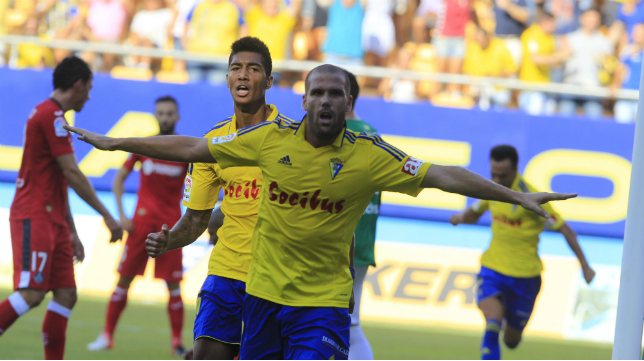 Ortuño celebra su primer gol ante el Getafe