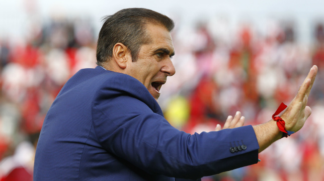 Sandoval, entrenador del Rayo Vallecano.