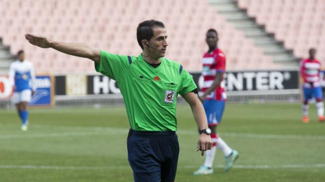 Saúl Ais Reig, árbitro alicantino.