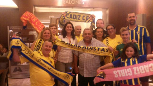 Varios aficionados del Cádiz ya se dejaron ver este sábado por Madrid.