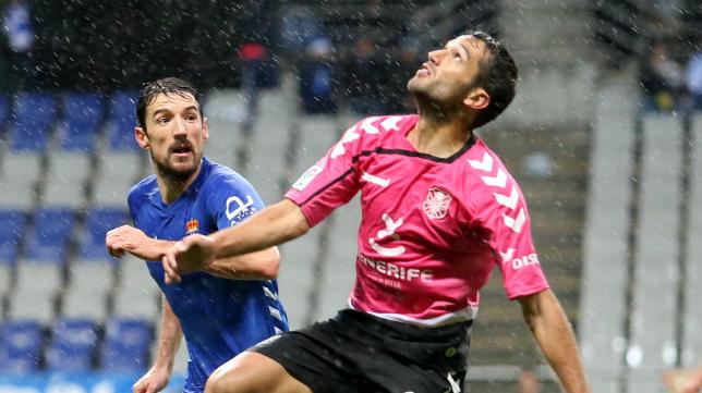 Oviedo y Tenerife se suman a la lucha por acceder al 'play off' de ascenso.