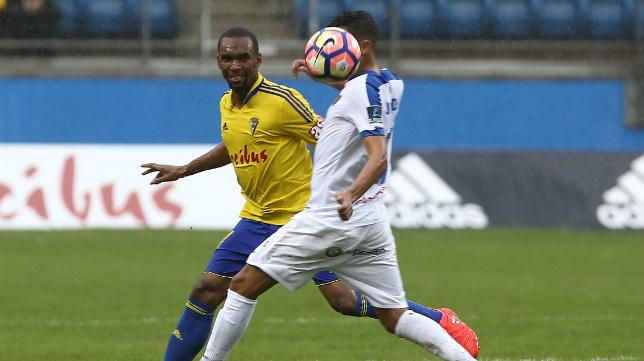 El Cádiz CF pierde a Abdullah, que jugará con Comores.