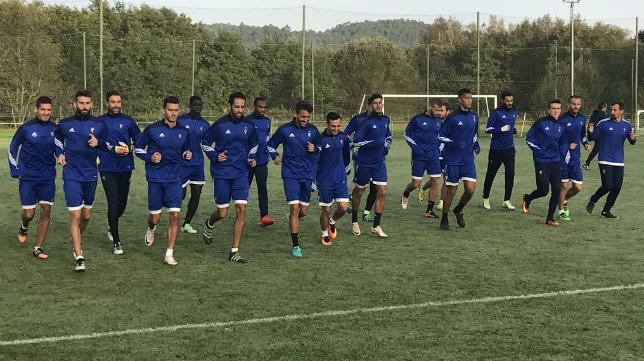Los jugadores, entrenando en La Coruña.