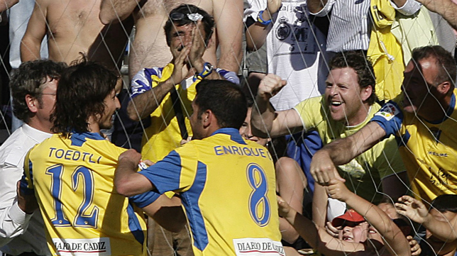 Toedtli y Enrique fueron los autores de los goles de la victoria del Cádiz CF