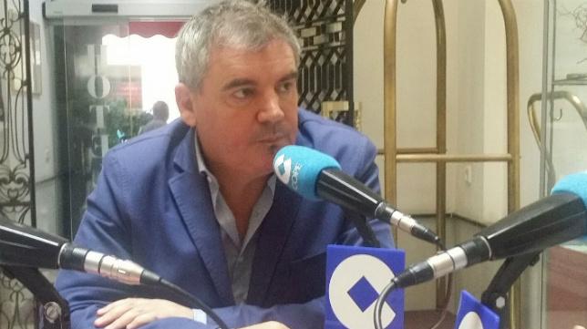 Manuel Vizcaíno en las tertulias que la Cadena Cope
