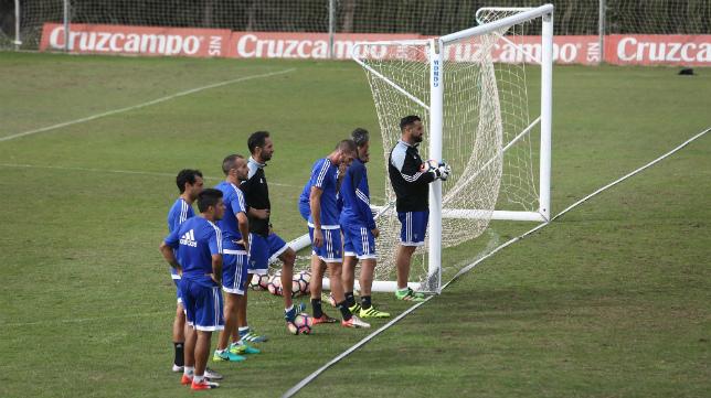 Los futbolistas del Cádiz CF han entrenado muy fuerte esta semana,