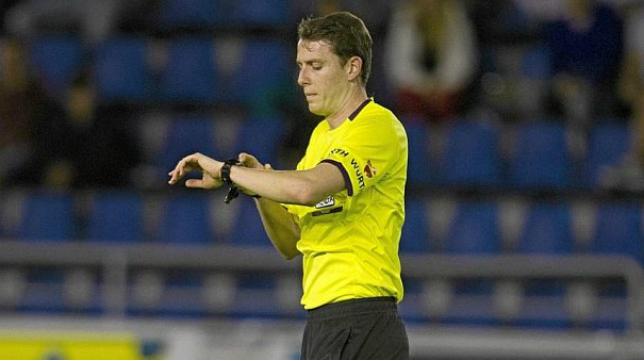 El catalán Medié Jiménez volverá a arbitrar al Cádiz CF.