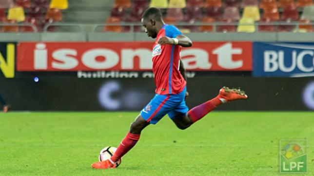 Wilfred Moke, central del Steaua de Bucarest