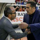 Sandoval junto a Cervera en un Rayo-Cádiz CF.