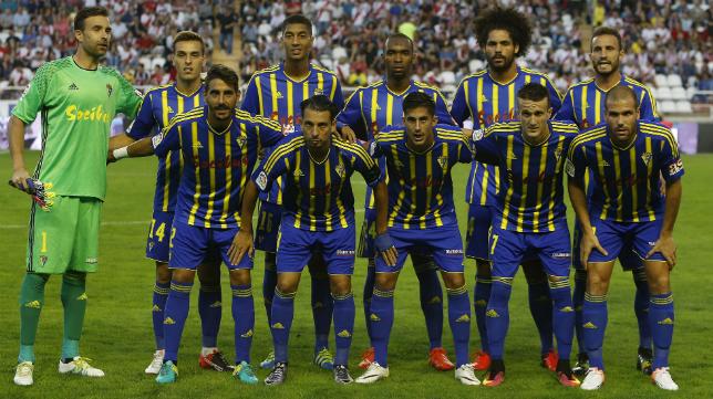 El once del Cádiz CF en Vallecas.