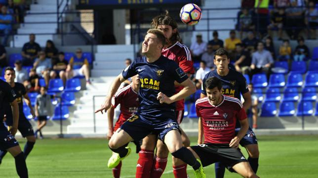 Vicente se ha hecho fijo en el once del UCAM Murcia,