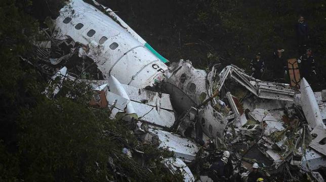 El Chapecoense sufrió un brutal accidente aéreo.
