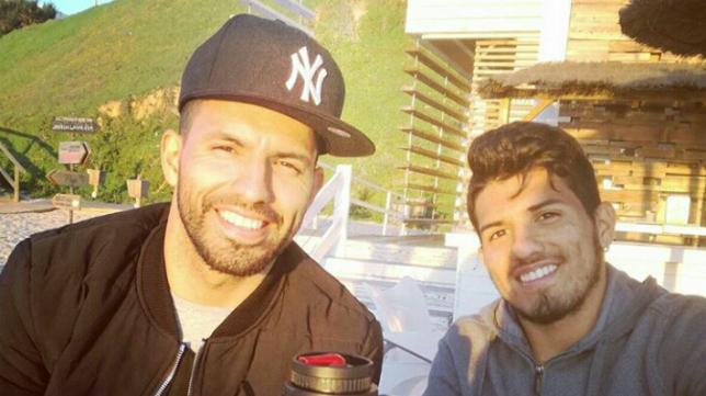 Los dos hermanos Agüero, en el Beach Club de Santa Catalina, en El Puerto hace dos años.