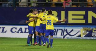 Los jugadores celebran uno de los goles ante el Alcorcón
