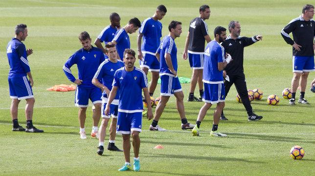 El Cádiz CF busca su segunda victoria consecutiva en Liga.