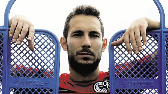 David Ferreiro, ahora en el Huesca, vuelve este sábado a Carranza.