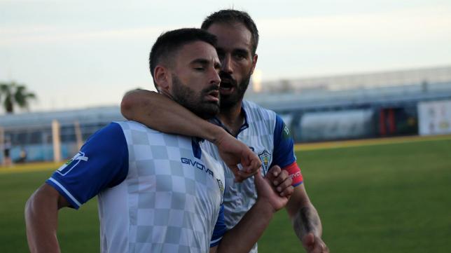 El excadista Kike Márquez destaca en el Marbella FC.