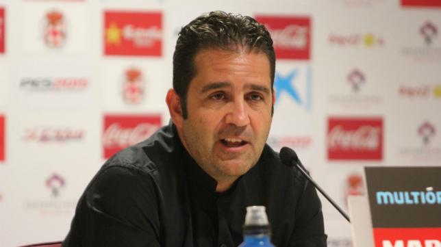 Alberto Benito, en su etapa como director deportivo del Almería.