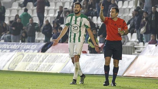 Arcediano Monescillo será el árbitro del Cádiz CF-Sevilla Atlético.