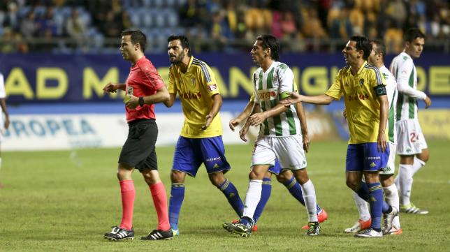 De la Fuente Ramos volverá a arbitrar un encuentro del Cádiz CF.