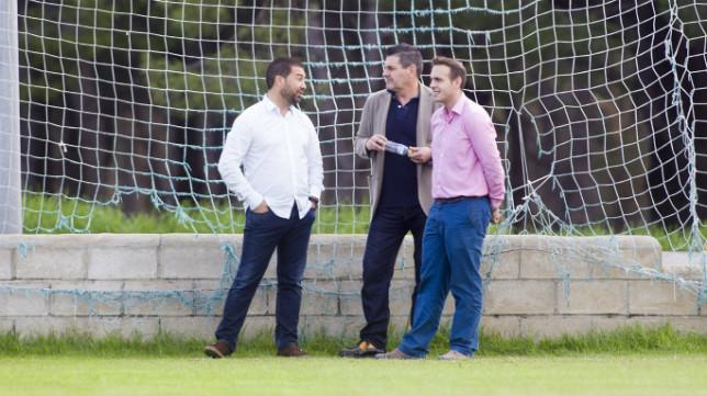 Juan Carlos Cordero, a la izquierda de la imagen, tiene por delante un duro mes de trabajo.