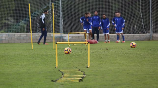 El Cádiz, en uno de los entrenamientos de la semana.