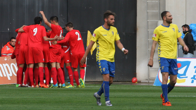 Imagen del partido de la pasada temporada entre Sevilla Atlético y Cádiz.