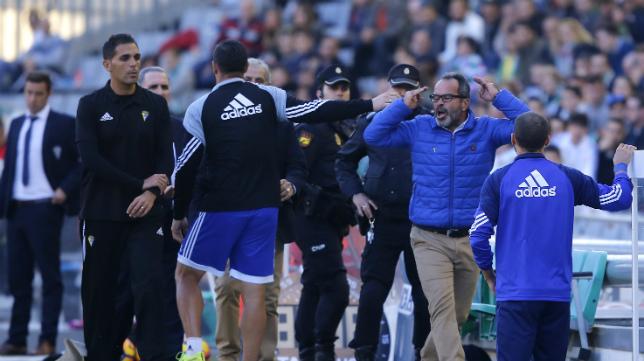 Cervera, tras ser expulsado en Córdoba la pasada temporada
