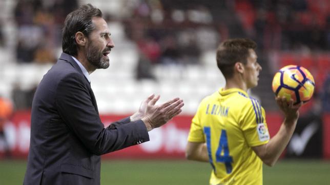 Vicene Moreno dirigió al Nàstic en la última derrota cosechada por el Cádiz CF.