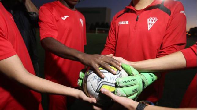 El deporte se solidariza con Etienne.