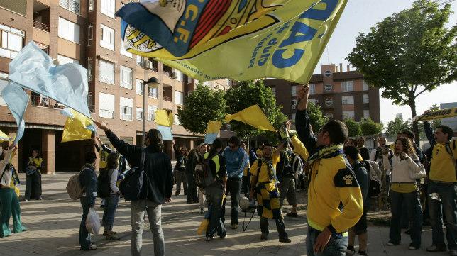 Imagen de aficionados en un desplazamiento del Cádiz CF.