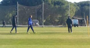 José Mari, en el momento en el que se retira del entrenamiento de hoy.
