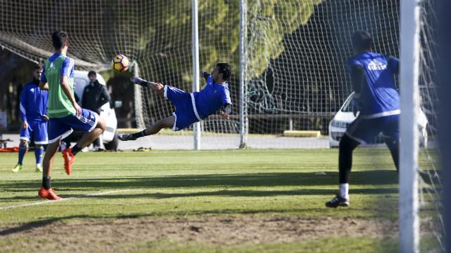 Sergio Mantecón, eun uno de sus últimos entrenamientos con el Cádiz.