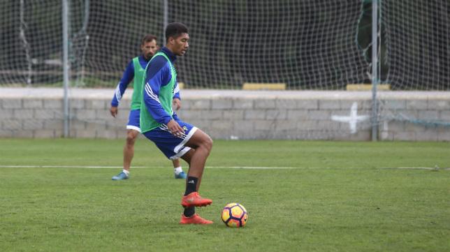 Eddy, durante un entrenamiento en El Rosal.