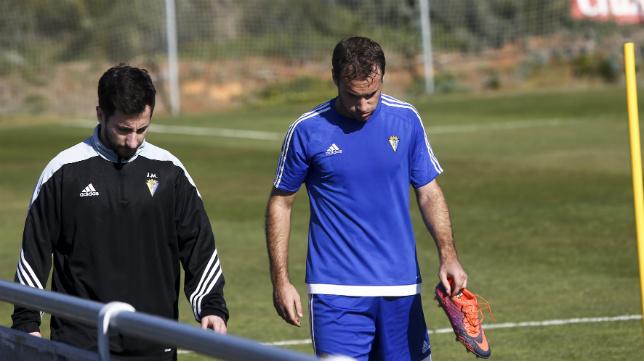 Gorka Santamaría ha dejado atrás sus problemas en el tobillo y vuelve a contar para Cervera.