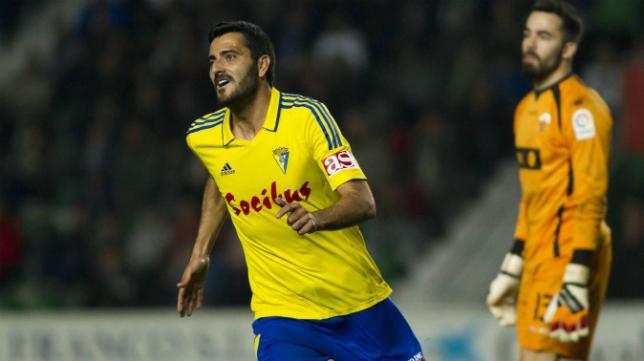 Dani Güiza fue decisivo en el partido ante el Elche en el Estadio Martínez Valero.