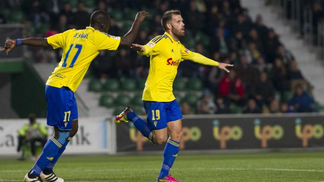 Ortuño marcaba el primer gol de los amarillos en Elche