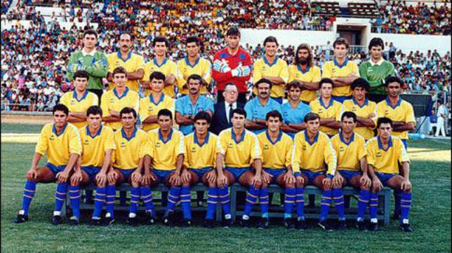 Cádiz CF de la temporada 89/90 en el que jugaba el húngaro Lajos (Foto: Cadistas 1910)