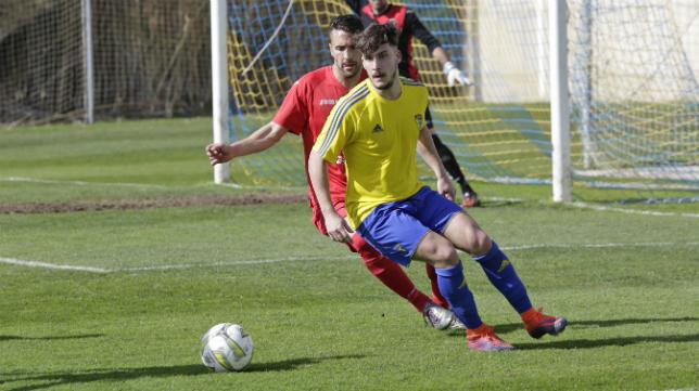 El Cádiz CF B amarra aún más su liderato.