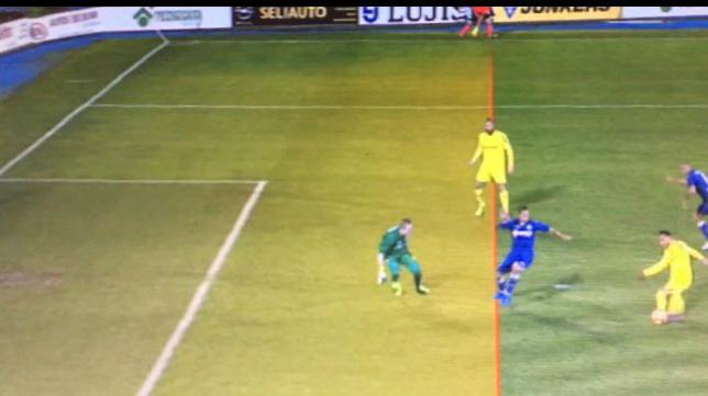 Posición adelanta de Ortuño en el gol (Foto: Movistar Plus)
