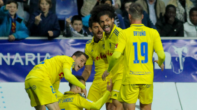 Este Cádiz CF es una piña en todos los sentidos.