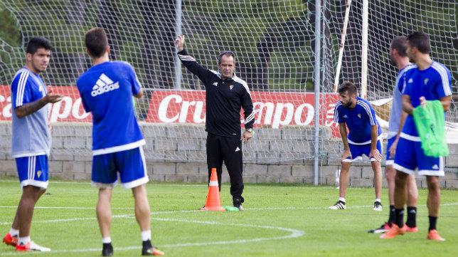 Álvaro Cervera cree a su equipo capacitado para ganar hoy.