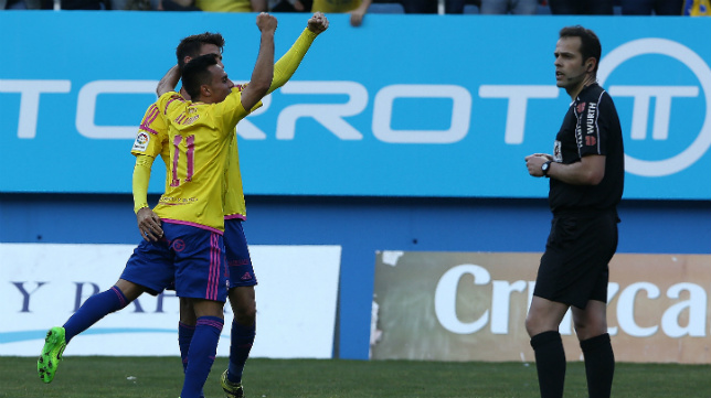 Alvarito celebra uno de sus goles en Carranza