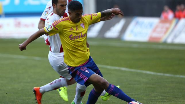 Nico Hidalgo en el partido ante el Rayo Vallecano
