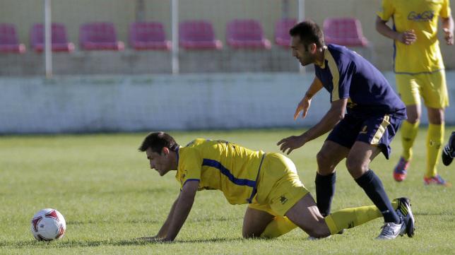 Belencoso, por los suelos, jugó aquel partido en Sangonera La Verde de la 2012/13.