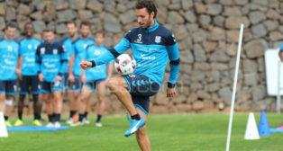 Germán Sánchez, en un entrenamiento con el Tenerife.