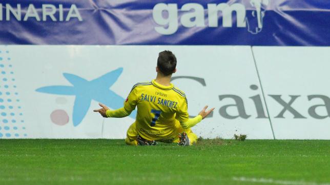 Salvi celebra el gol ante el Oviedo.