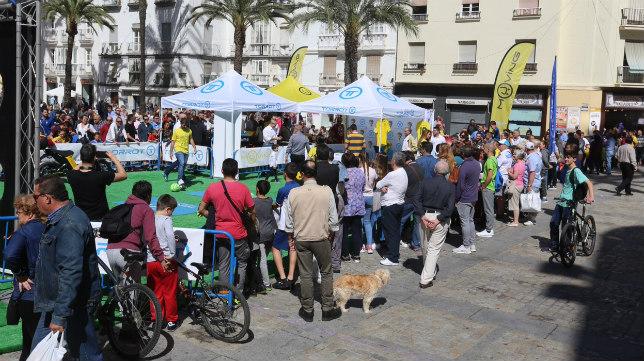 La plaza de la Catedral acogió el evento de Torrot.